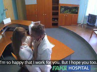Fakehospital ร้อน เพศ ด้วย หมอ และ พยาบาล ใน ผู้ป่วย waiting ห้อง
