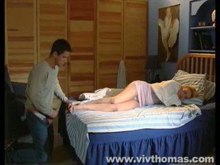 Dormire karina gets un sborrata in suo piedi video