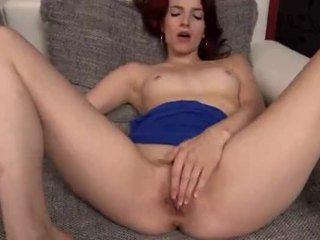 Beautiful czech babe Leila gaping hole