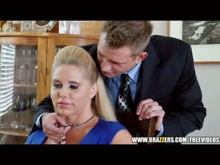 Brazzers - two guys și two milfs