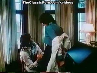 Kay parker, john leslie sisse vanem aastakäik xxx klamber koos suur seks stseen
