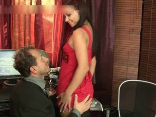 Horny Doxy Acquires Her Gaping Dark Hole Video