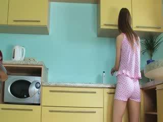 Mewah toying faraj dalam yang dapur