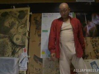 Bigtitted جبهة مورو has shaged بواسطة لها bald hubby في ل حجرة النوم