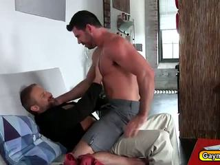 Daddy Bear anal fucking with a bearded hunk