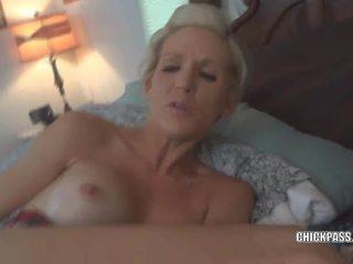 Terangsang istri jolene gets sebuah besar ejakulasi di wajah