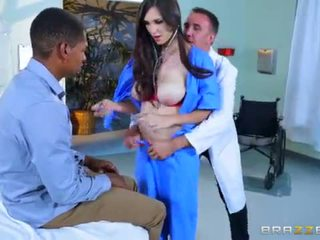 Brazzers - Dirty XXX doctor Holly Micheals <span class=duration>- 7 min</span>