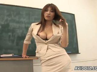 Quente mamalhuda ai kurosawa porcas professora com enorme