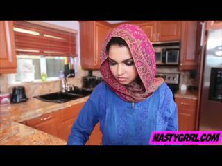 Hijabi lány ada has hogy szívás pöcs és obey