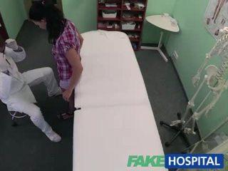 fucking, zdravnik, bolnišnica