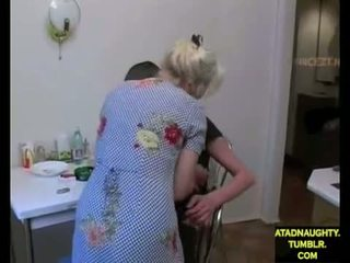 Step-mom & step-son ебать в той час як тато є з (foreign) atadnaughty.tumblr.com
