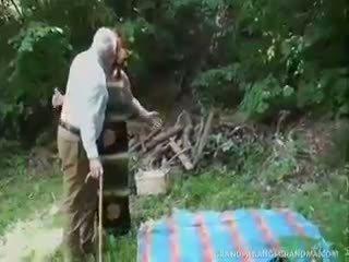 skaitliukai, močiutė, blowjob