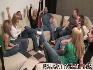 Nerātnas allie ballīte orgija