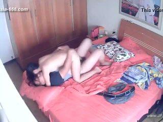 Hackers användning den camera till remote monitoring av en lover's hem life.8