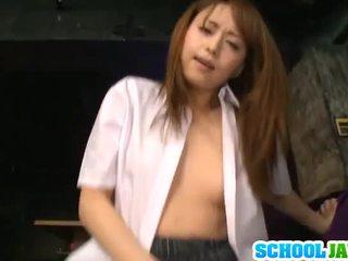 Akiho yoshizawa pleases nagy yonker
