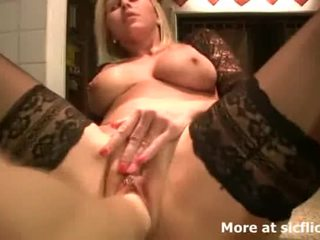 Fisting The Wifes Huge Pussy Till She ...