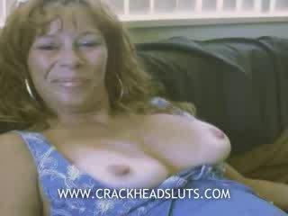 Vecchio prostituta pronto a mettere fuori post intervista