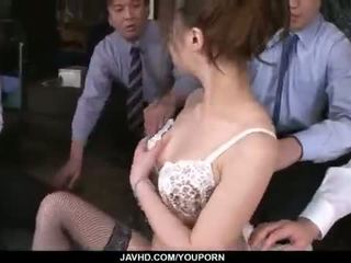 Aiko hirose gets fucked by lahat kanya opisina colleagues