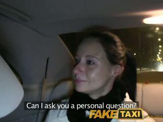 Faketaxi enza fucks मुझको पर camera को देना को उसकी ex - पॉर्न वीडियो 111