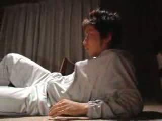 Японська хлопець fucks його крок мати відео