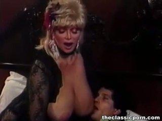 Blondinka gutaran jelep with big süýji emjekler fucks guy