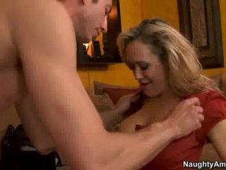 कुगर brandi प्यार thumps an भयानक weenie सब rigid में उसकी जुसी हॉट मुंह