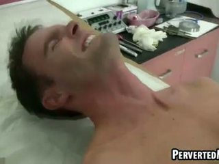 Hot pair of hunks fuck in doctors office