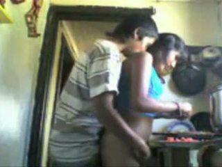 India studens backdoor sexo en la cocina