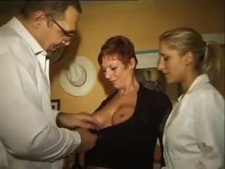 그룹 섹스, 스윙, 섹스하고 싶은 중년 여성