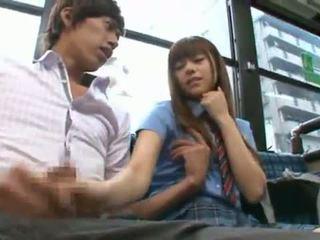 Rina rukawa sleaze corean fuzz gives o kiss onto o autobus