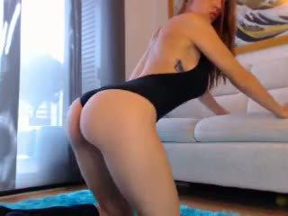 Sexig rödhårig webkamera flicka med stor klantskallar 3: fria porr cb