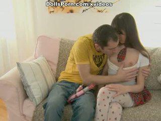 Dildo in nogavičke seks film scene 1