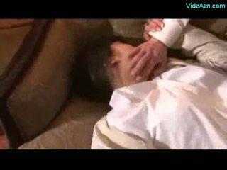 เอเชีย หญิง getting rapped licked ถูกบังคับ ไปยัง ดูด ควย โดย 2 gu