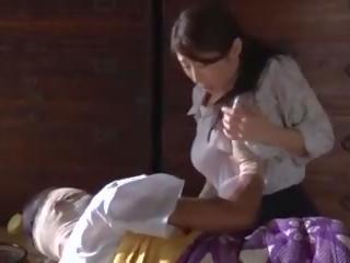 Subtitled 日本語 post ww2 drama とともに ayumi shinoda で 高解像度の