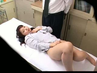 Spycam schulmädchen misused von doktor 3