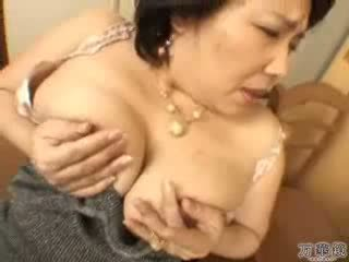 Japanese Mature Mommy Masturbating Video