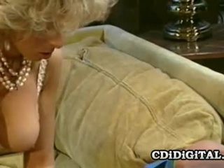 Victoria παρίσι και peter north άγριο ρετρό σεξ