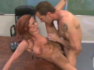 Porno beib jadra holly enjoys the steamy kuum jizzload see beib acquires pärast keppimine raske