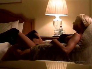One night in Paris (Paris Hilton)