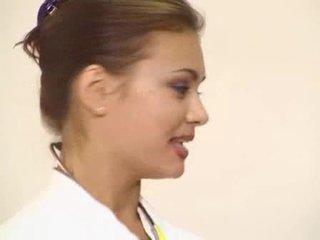 Beruntung pasien got dia sangat indah rambut coklat dokter anal kacau video