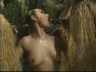 Africké brutally fucked americké žena v džungľa video