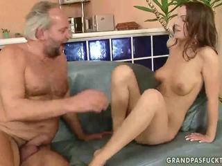 Grandpas ja teismeliseiga