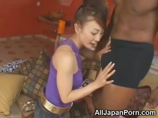 Kecil mungil asia sucks 10 inch hitam kontol!