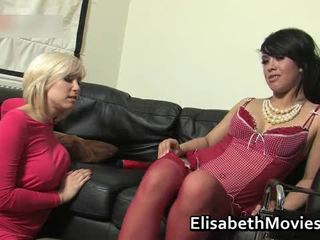 Hawt Latin Babe Receives Her Muff Licked