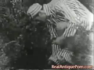 1915 őrült antik szabadban porn!