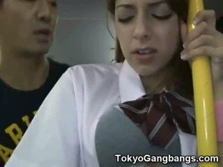 Baltas paauglys viešumas autobusas seksas į japonija!