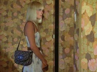 Frumos blonda doamnă gets inpulit