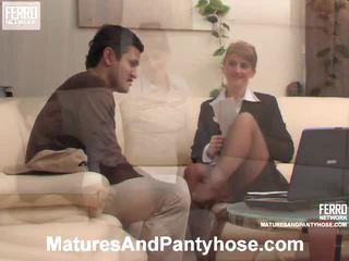 Martha a sebastian zralý punčochy mov