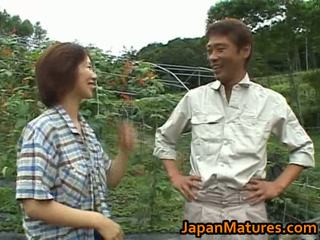 Chisato shouda asiatico matura pollastrella gets