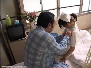 Nakts nodoklis medmāsa sekss voyeur
